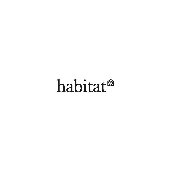Umi table de salle manger en verre tremp habitat for Table a manger en verre trempe